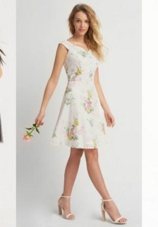 Rochii de zi la modă în sezonul primăvară-vară 2017