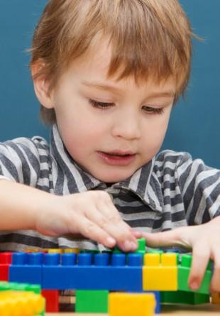 5 motive pentru care LEGO este benefic copilului tău
