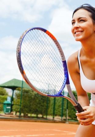 Tenis - sportul perfect pentru sănătate și siluetă!